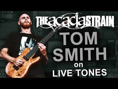 What does Tom Smith from Acacia Strain use for Live Performances?