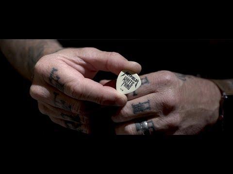 Hetfield's White Fang™ Custom Flow® Pick