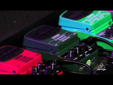 ULTRA VIBRATO UV300 Classic Vibrato Effects Pedal