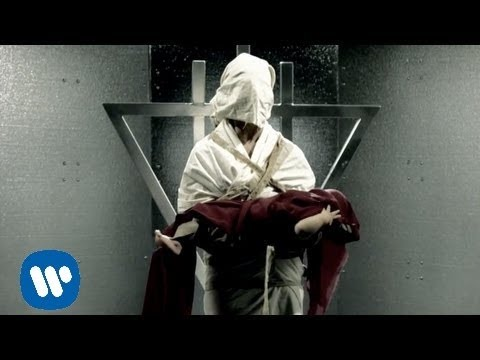 The Devil Wears Prada - Born To Lose [OFFICIAL VIDEO]