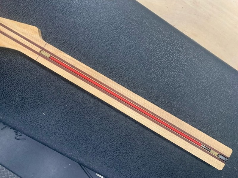 guitar truss rod in neck
