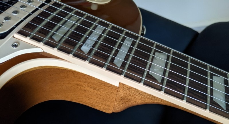 How To Spot A Fake Gibson Les Paul - Body Binding